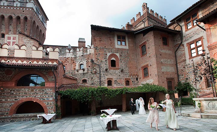 country castle wedding Italy