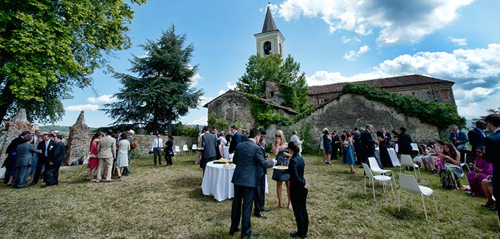 Italian-English-wedding-in-Langhe